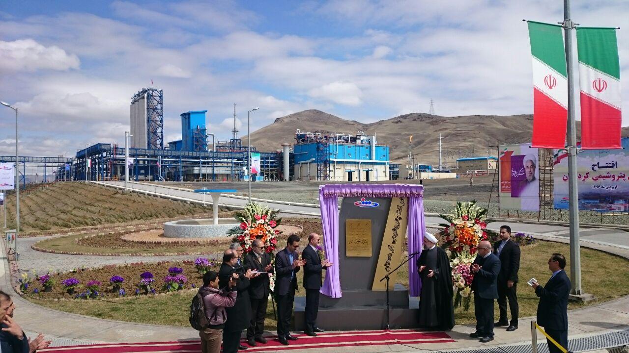 پتروشیمی کردستان با حضور رئیس جمهور افتتاح شد